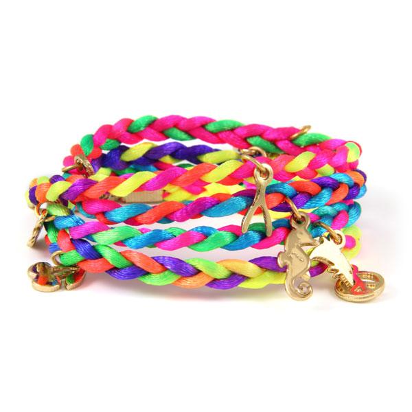 friendship bracelets yesprettyplease